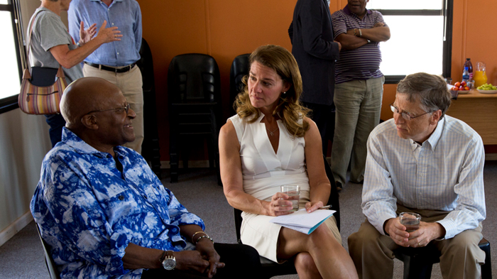 Bill and Melinda Gates talk with Desmond Tutu