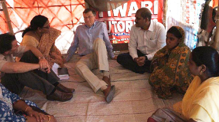 Bill Gates with aid workers in Uttar Pradesh, India