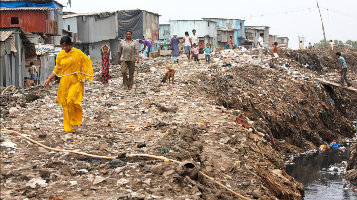 Unsanitary Conditions in a slum in Govandi, Mumbai | GatesNotes.com The Blog of Bill Gates
